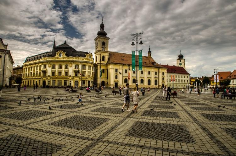 Piata_Mare-Romania-Samy-blue